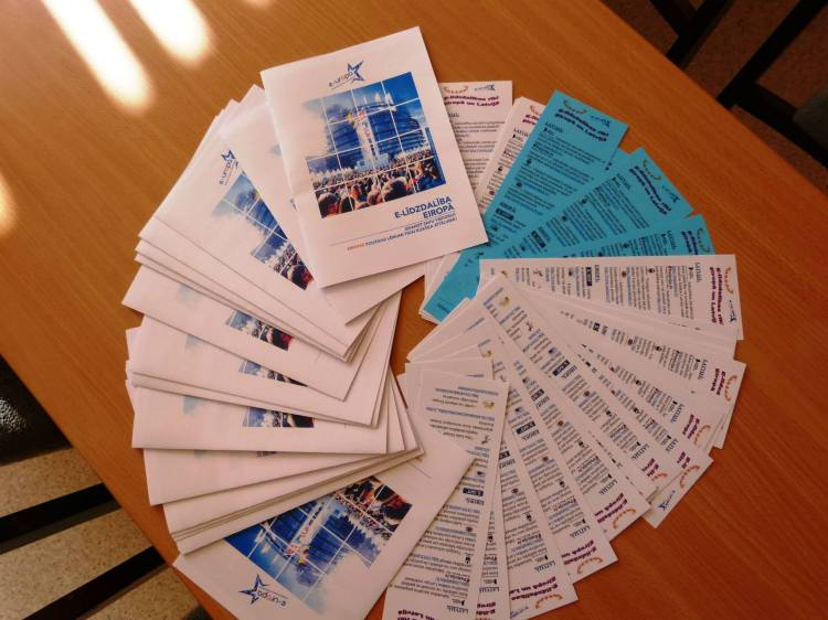 Libraries across Latvia ready for European e-Participation day. Leaflets and other materials prepared for different audiences.