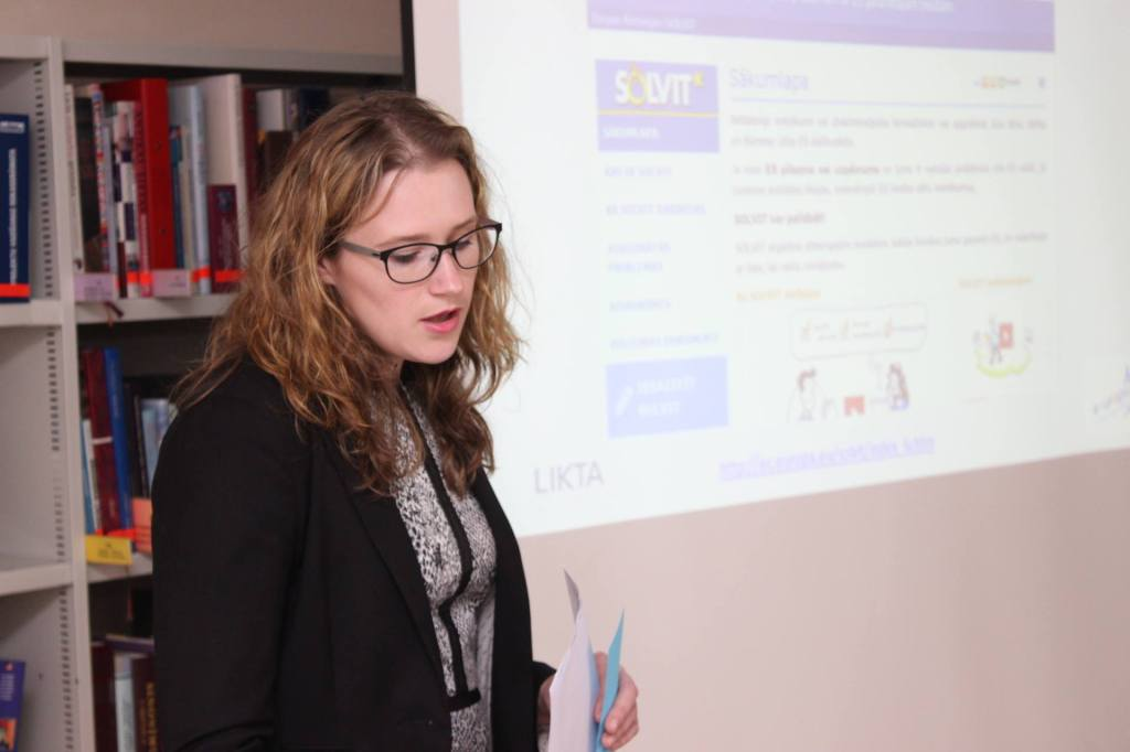 Presenting SOLVIT: a tool which by many Latvian participants was considered the best among European participation tools available.