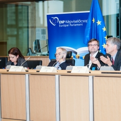 First conference panel - The role of ICT in active citizenship - moderated by MEP Schöpflin